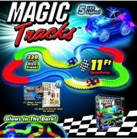PISTA MAGIC TRACKS 220 PIEZAS marca